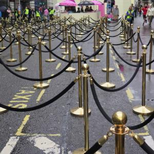 rope-post-barrier-hire-london.jpg