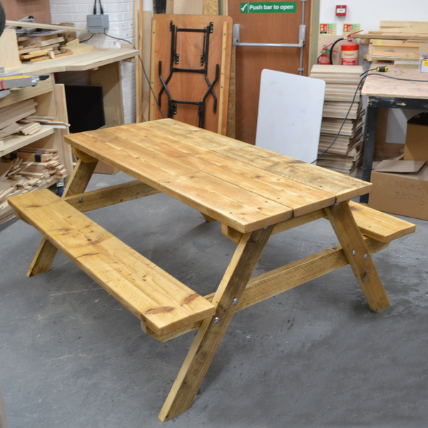 bench hire london