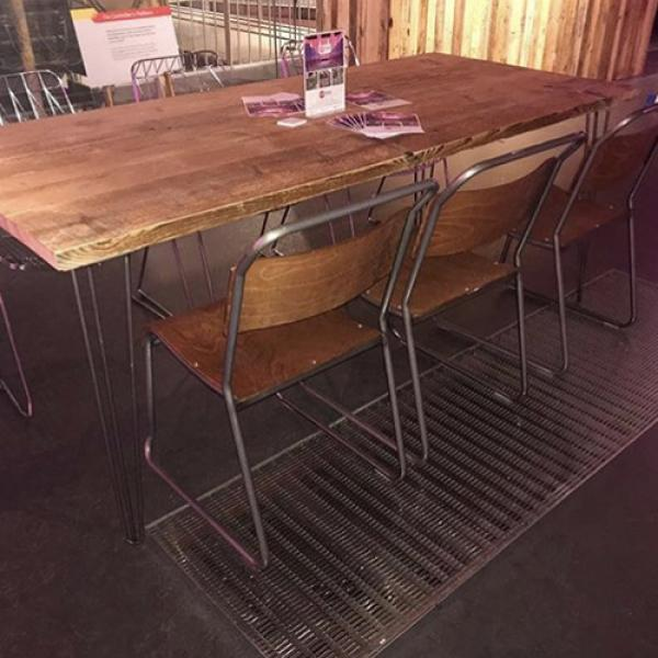 hoxton table oxford chairs