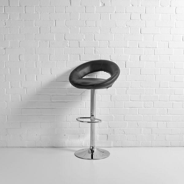 saturn bar stool black