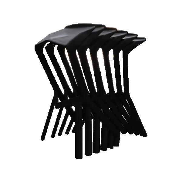 shuttle bar stools
