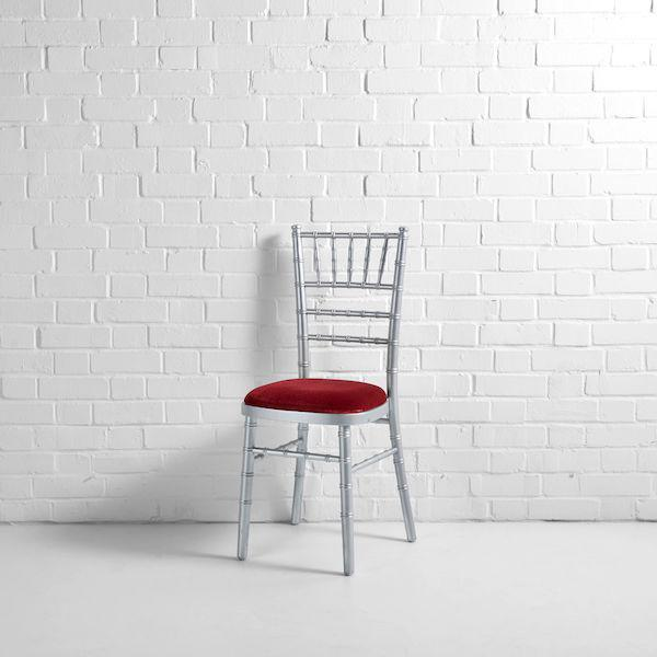 silver chiv red seat