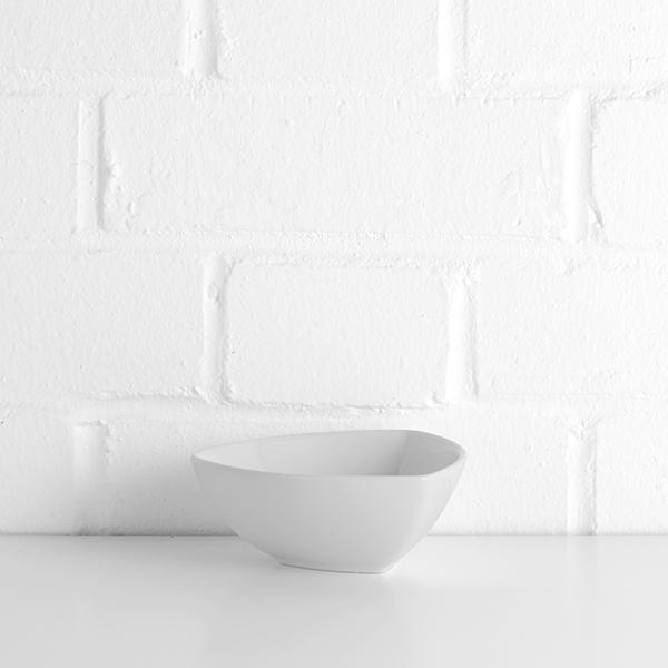triangular bowl hire